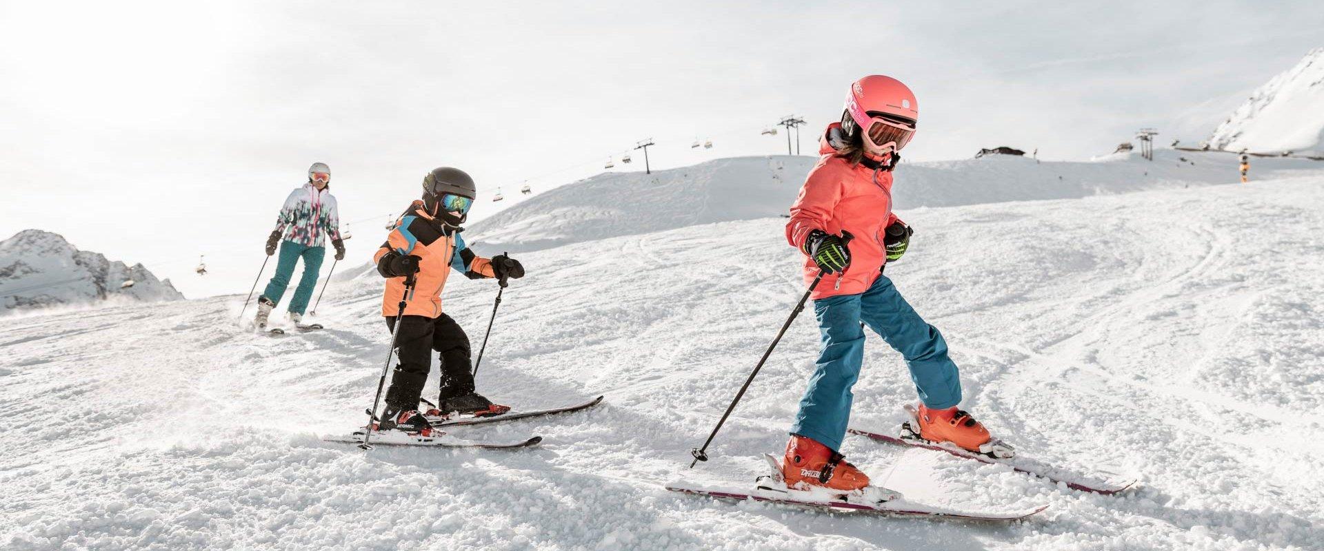 Skifahren mit der Familie im Granbichlhof in Sölden